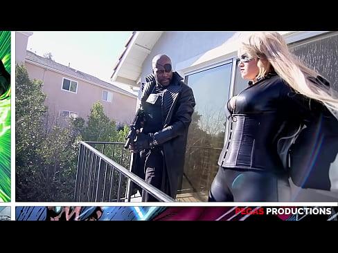 Vengadores - A XXX Parody