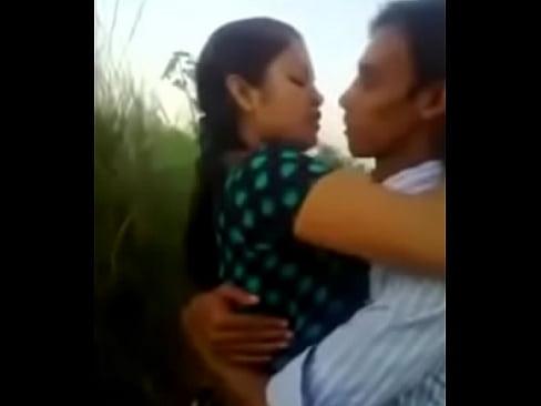 Kissing Arabein images fukkin girl