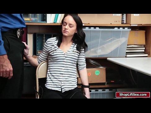 Sexy Ladendieb bekommt Ihr narsche muschi schlug durch LPs gro?en Schwanz