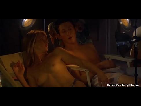 100 girls sex scene