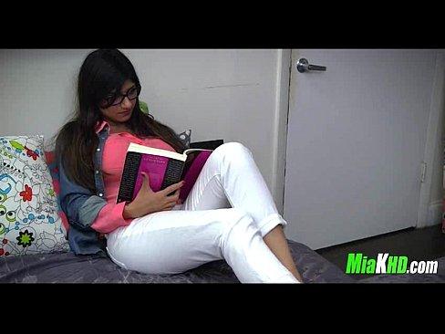 Muslim Teen Porn Star Mia Khalifa