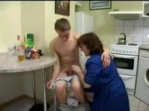 mom boys sex