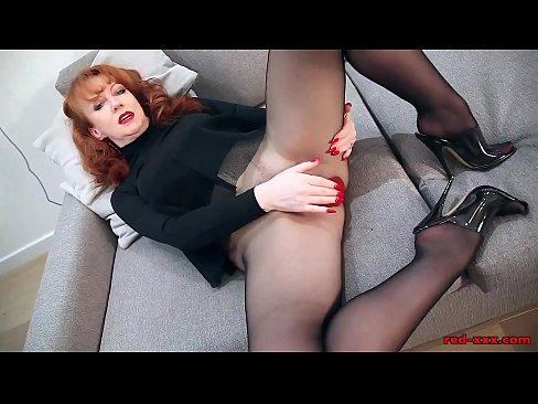Red head mature wife masterbates