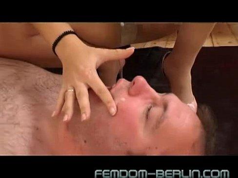 Slut with a putt