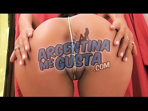 Meaty latina pussy