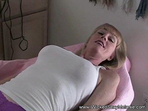 amateur-sex-grannie-sex-with-condoms-pics