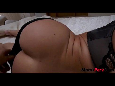 Sexy chicks video clip