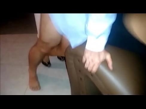 Corno filma esposa sendo devorada pelo negrao 4