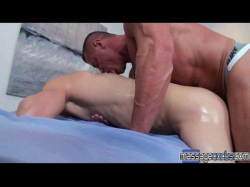 massagecocks-big-cock-after-massage-black-chicks-getting-fuck