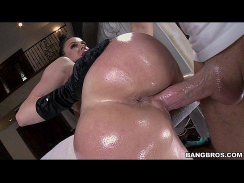 Teenie reverse cowgirl sex