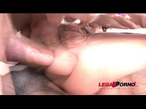 Monster Dildo Anal Orgasm