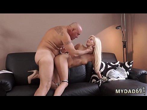 Blonde Teen Tinder Fucked