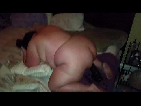Big juicy ass bbw with a big pussy