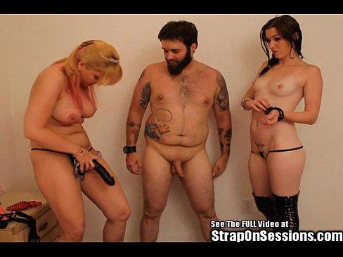 nude female bodybuilder huge boobs
