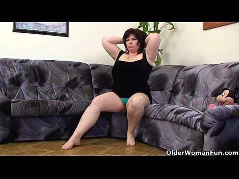 Girls spread legs
