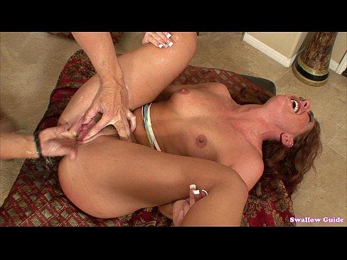 Lesbian Clit Rubbing Squirt