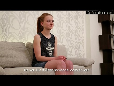 Sexy rusa morena Tanya hace casting