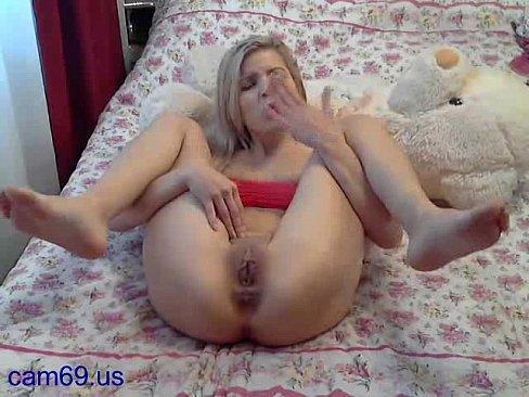 Mindy main nude