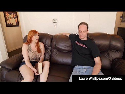 Lustvollen Ingwer Bush Lauren Phillips nimmt einige lehren aus Ihrem sex-coach, der rammt seinen Schwanz in Ihren Mund & tief in Ihre haarige muschi!