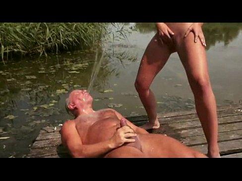 Erotic Pictures Skimpy bikinis for girls