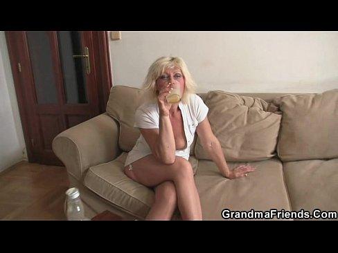 australians girls drunk and naked