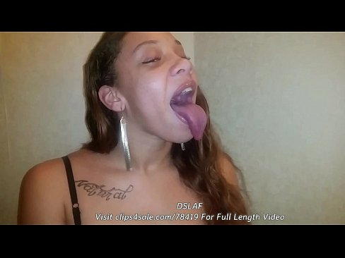 Ebony deepthroat video