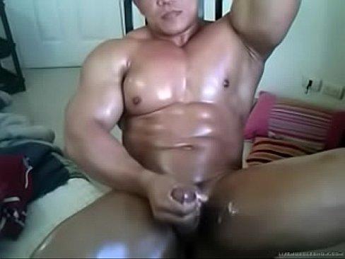 Chinese family nudist beach