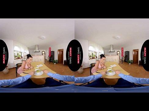 Отдых немцев секс видео, голые красивые женские попы вид сзади