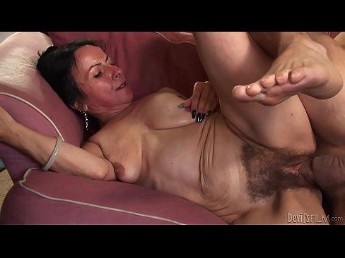 Donkey whith woman porn